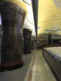 """Станция метро """"Маяковская"""". Новый подземный вестибюль станции. Купола и свод вестибюля – подсветка на кронштейнах."""