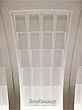 """Станция метро """"Митино"""" Перспективы станционного зала. Станционный свод имеет оригинальную подсветку акцентирующую рельеф свода. Поверхность свода разбита на мелкие световые ниши, освещеные светильниками-прожекторами, которые скользящим светом создают игру света и тени на своде."""